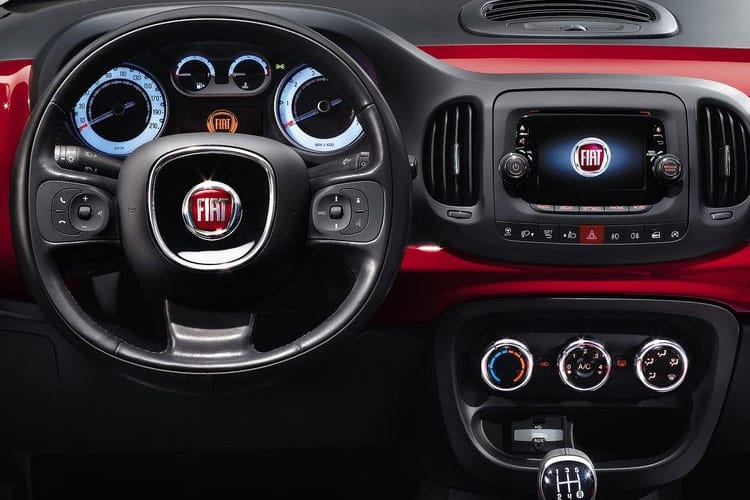 Fiat 500L Hatch 5Dr 1.4  95PS Sport 5Dr Manual [Start Stop] inside view