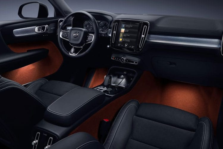 Volvo XC40 SUV AWD 2.0 B5 MHEV 250PS R DESIGN Pro 5Dr Auto [Start Stop] inside view