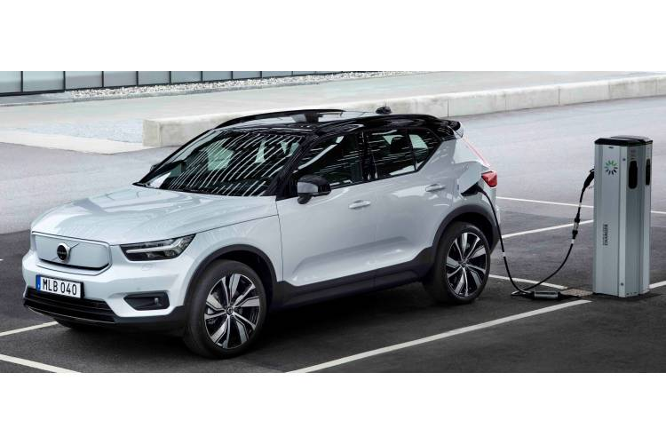 Volvo XC40 SUV SUV AWD Electric P8 78kWh 300KW 408PS First Edition 5Dr Auto